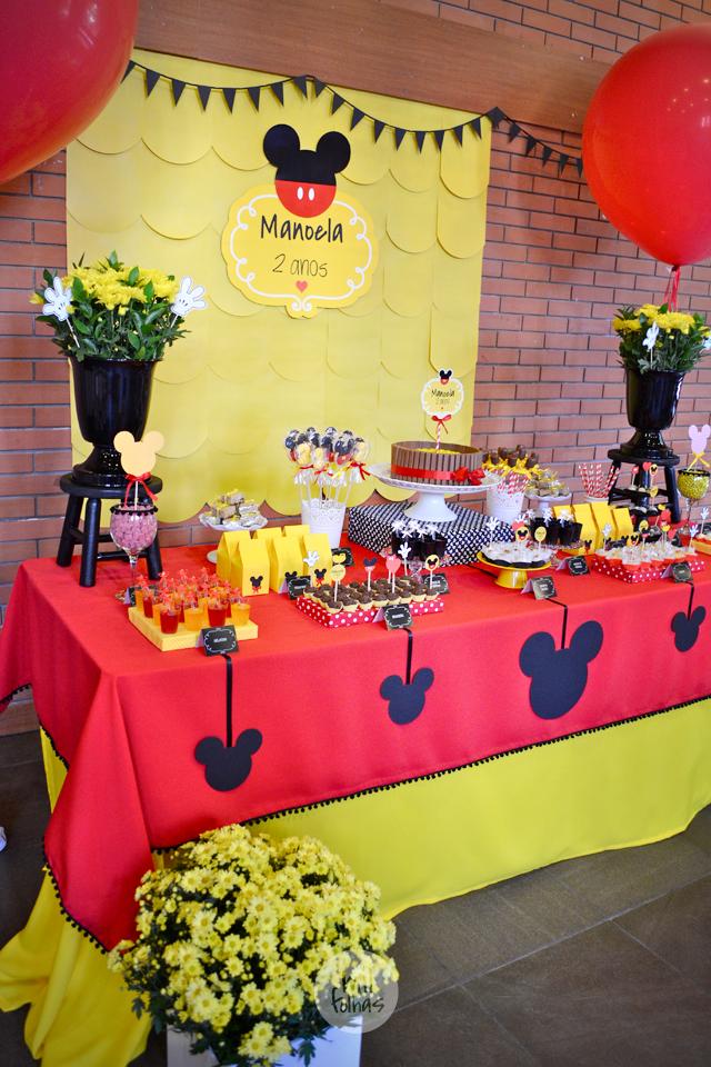 Tema mickey inspira es para sua festa blog elika festas - Bandejas decoracion salon ...